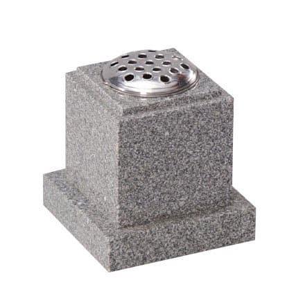 Light Grey granite with check around the edge