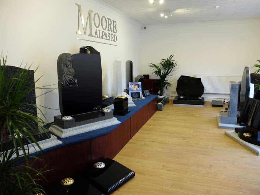 WS Moore Slider 1